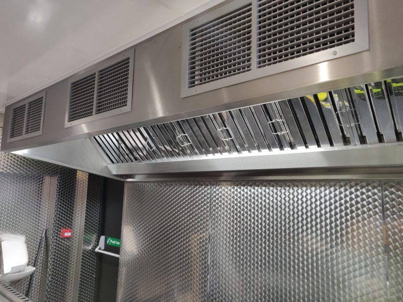 Kitchen ventilation system with Make-up air